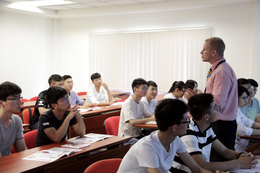 Mr Andrew, Hawthorn Teacher - Chang Zhou Vocational Institute of Machatronic Technology visit TMC Academy