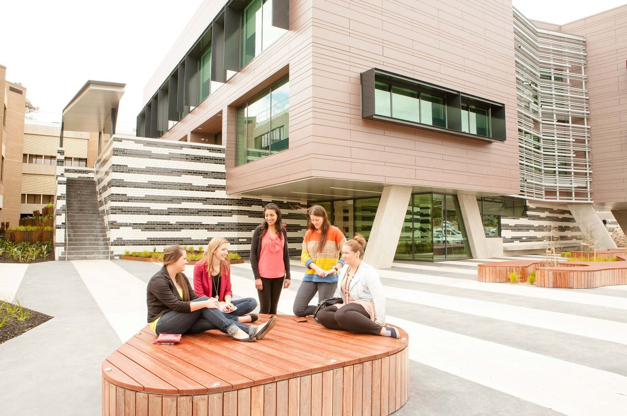 la trobe university La trobe university - melbourne, australia study one of over 450 courses, and enhance your career opportunities with an international qualification.